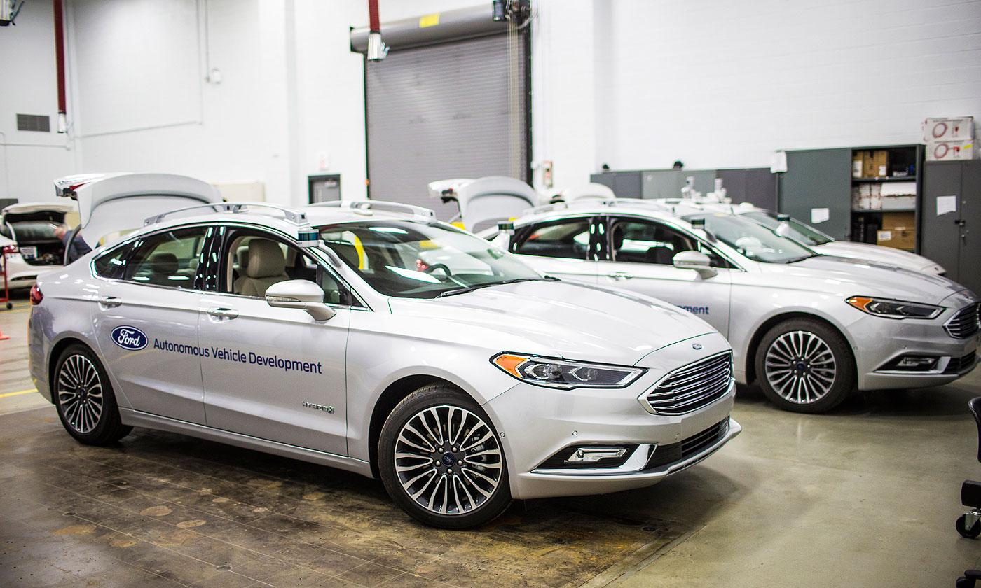 Ford exec expects consumers to get fully autonomous cars by 2026-31 | AutoCodes.com